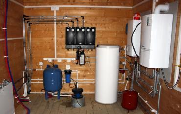 Горячая вода в частном доме, монтаж горячего водоснабжения под ключ недорого и быстро